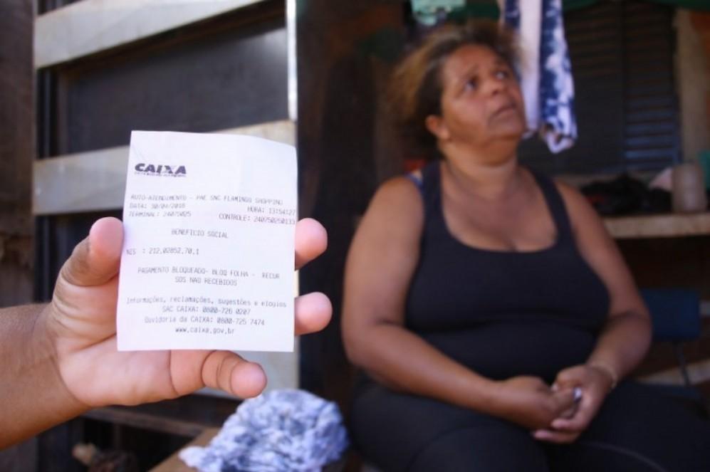 Saiu na mídia - Famílias que recebem DF Sem Miséria sofrem com sucessivos atrasos