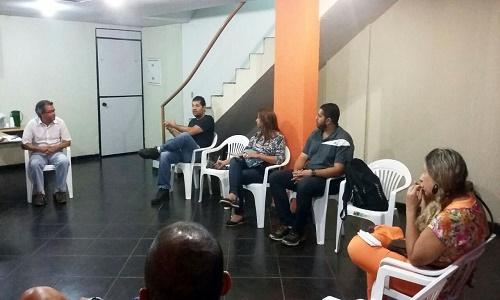 REUNIÃO COM EDUCADORES(AS)